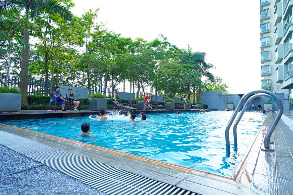 Bể bơi Canal Park Ha Noi Garden City